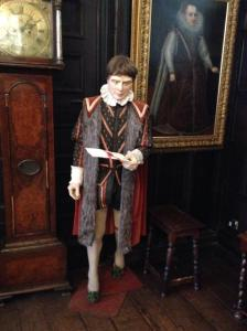 Lurking in the corner at Maidstone Museum from @art_e_facts