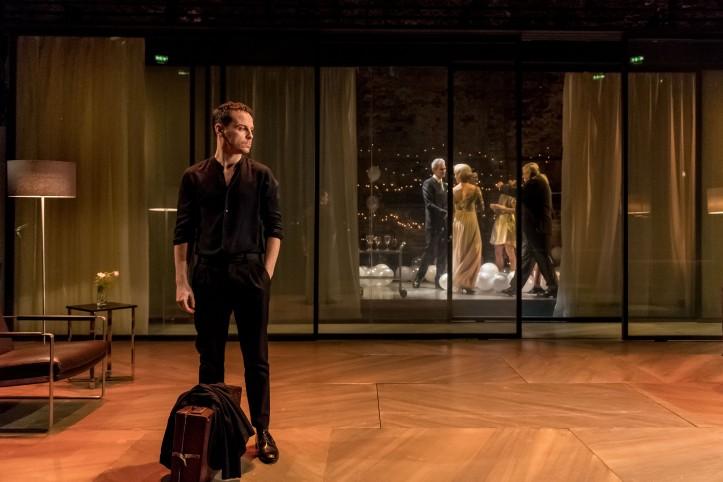 15. Andrew Scott as Hamlet_credit Manuel Harlan