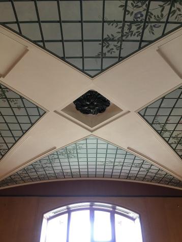 Familiar Soane ceiling.